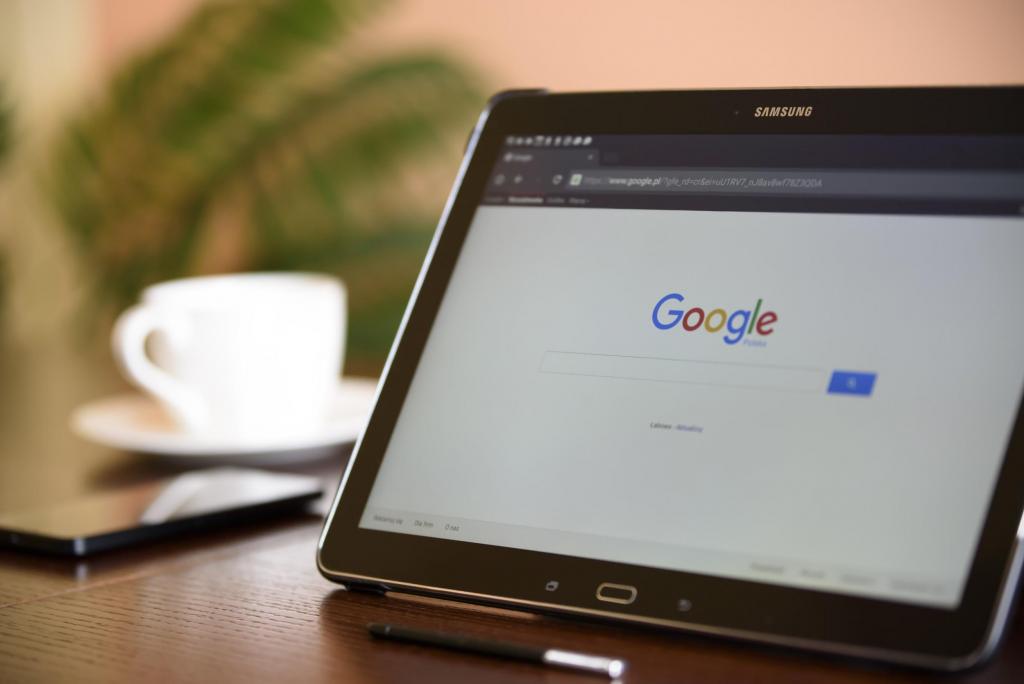 Hay varios trucos para buscar en Google de forma que lleguemos a mejores resultados.
