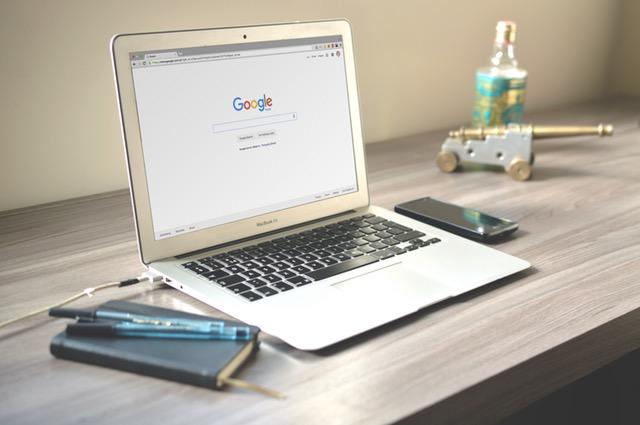 Google Docs es la suite ofimática de Google, accesible desde cualquier dispositivo.